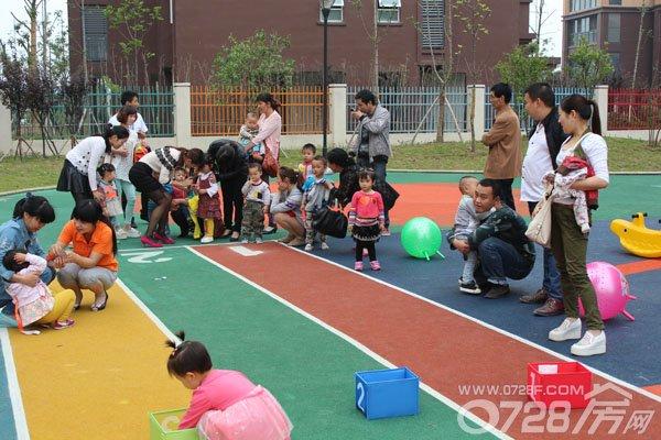 满庭春举办创意手绘diy t恤 幼儿园正式开放